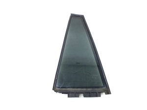 Stiklas fortkė galinių šoninių durų