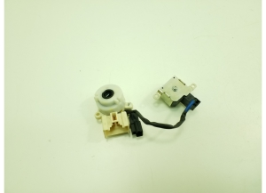 Ignition lock contacts