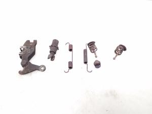 Rankinio stabdžio kaladėlių mechanizmas