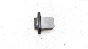 Cabin shoulder motor resistance