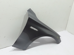 Front wing