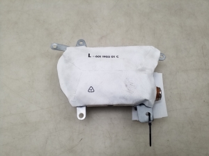 Priekinių durų oro saugos pagalvė