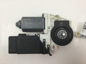 Front door window motor