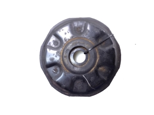 Rear spring support